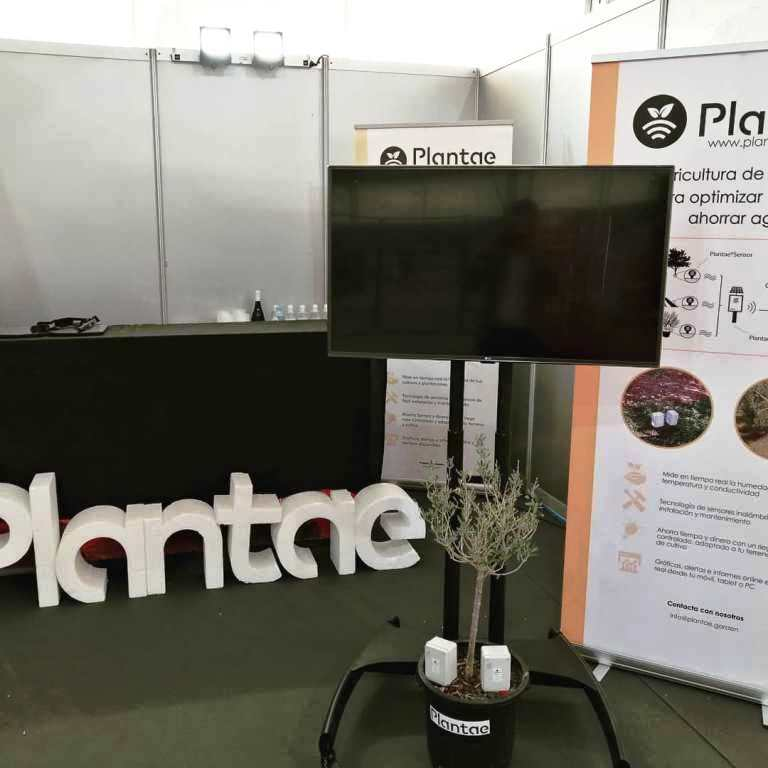Plantae en la feria de maquinaria agrícola de Úbeda con muestra de sensores
