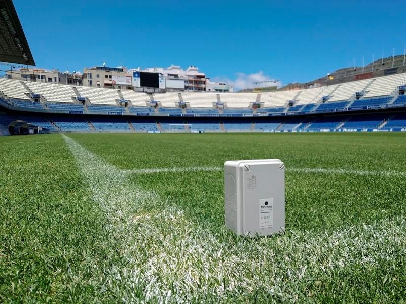 probe-sensor-soccer-field